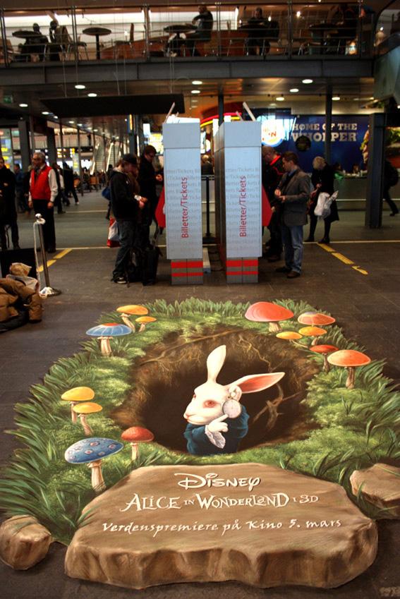 Алиса в стране чудес - кролик